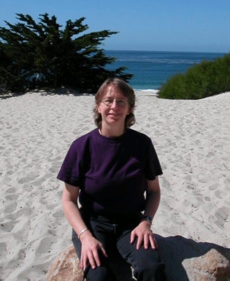 Lynn Loftin, San Carlos, CA, USA AnimalInterchange.com